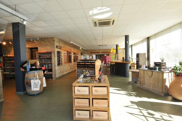 boutique-vignerons-des-4-chemins.jpg